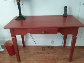 Lot 036 Painted Pine Desk 30 x 32 x 46 PICK UP IN ROCKVILLE CENTRE
