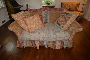 Lot 005 Upholstered 2 Seater Couch 30.5H x 67W x 36L PICK UP IN PORT WASHINGTON, NY