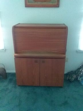 Lot 092 Modern Roll Top Desk With Lock 45H x 21W x 34.25L PICK UP IN OLD BROOKVILLE