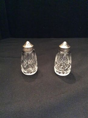 Lot 060 Waterford Salt and Pepper Shaker ITEM CAN BE PICKED UP IN GARDEN CITY