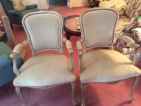 Lot 048 Pair of Queen Anne Style Chairs ITEM CAN BE PICKED UP IN GARDEN CITY