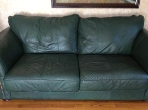 Lot 014 Leather Sofa 92x29x42 ITEMS MUST BE BE PICKED UP IN GARDEN CITY