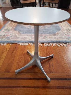 Lot 004 CC/Delivery Herman Miller Table 21.5H x 17W PICK UP IN WHITESTONE, NY