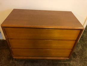 Lot 041 PU 3 Drawer Mid Century Chest PICK UP IN RVC