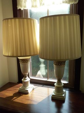 Lot 028 Pair Of Decorative Table Lamps 33 Inches Tall One Shade Ripped ITEM CAN BE PICKED UP IN GARDEN CITY