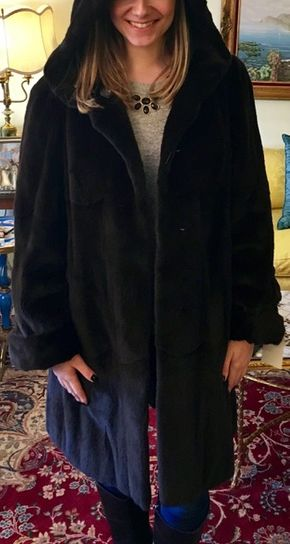 Lot 026 Black Sheared Mink Reversible to Leather Size 6 Length 36 inches Sleeve 32 inches Sweep 48 inches Style 2168 - - Item Num: 7581-30