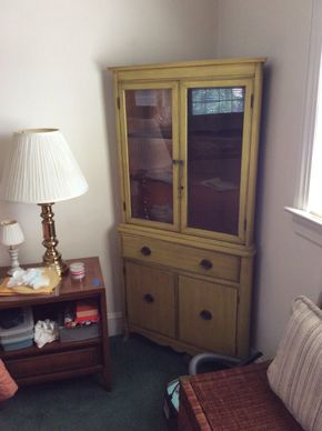 Lot 099 Corner Cabinet 63.5H x 15W x 32L PICK UP IN GARDEN CITY