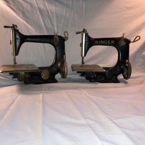Lot 001 Pair of Singer Mini Sewing Machines Cast Iron w/Black Base- enamel w/some chips 10Lx9Hx6D
