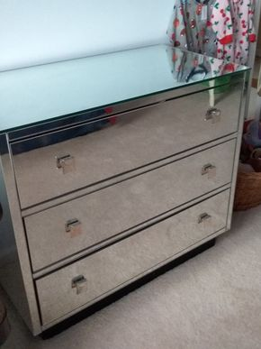 Lot 031 Trump Home Mirrored 3 Drawer Dresser 30.5H x 19.25W x 35.25L PICK UP IN GARDEN CITY
