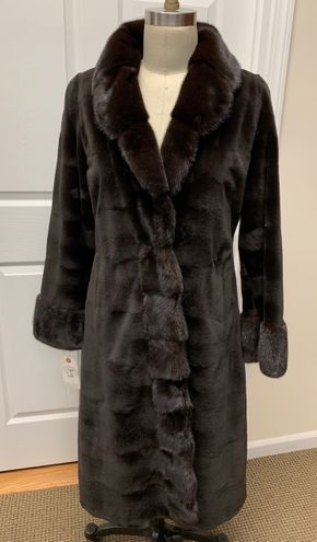 Lot 035 Brown Super-Sheared Horizontal Mink w/ Long Hair Collar Cuff Size 10 Length 44in Sleeve 31in Sweep 78in Style 3377 - - Item Num: 7686-46