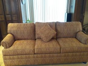 Lot 021 3 Seat Upholstered Sofa 32 x 35 x 80 PICK UP IN ROCKVILLE CENTRE