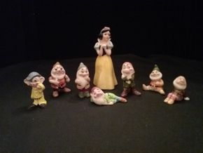 Lot 026 Japanese  Disney Snow White and the Seven Dwarfs  2-3 Inches and 5.75 Inches Tall  PICK UP IN FLORAL PARK