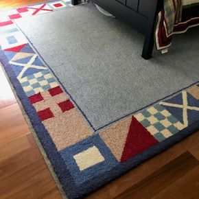 Lot 094 Pottery Barn Rug   PICK UP IN LAWRENCE