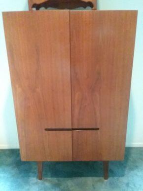 Lot 098 Mid Century Modern Dresser 49H x 17W x 30.5L PICK UP IN OLD BROOKVILLE
