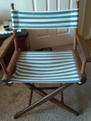 Lot 019 Directors Chair 33 x 17 x 23 PICK UP IN HOWARD BEACH