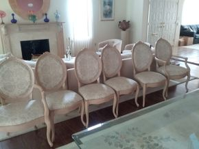 Lot 002 Lot Of 6 Upholstered Dining Room Chairs 4 Side and 2 Arm 39H x 22.5W x 21.5L PICK UP IN MANHASSET