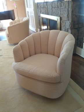 Lot 003 Upholstered Swivel Bucket Chair 30x 31 x 32 PICK UP IN ROCKVILLE CENTRE
