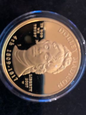 Lot 026 US Mint First Spouse Series Gold Proof Coin 2007