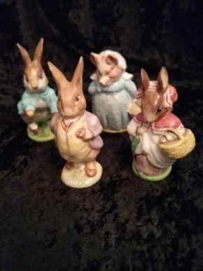 Lot 015 Lot Of 4 Beatrix Potter Figures Mrs Rabbit Benjamin Bunny Aunt Pettitoes Peter Rabbit PICK UP IN GARDEN CITY