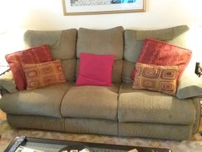 Lot 030 3 Seat Sofa with 2 end Recliners 36 x 39 x 78 PICK UP IN HOWARD BEACH
