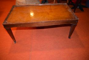 Lot 013 Pick Up /Paid Vintage Coffee Table 16.625H x 37.75W x 19.75W ( Areas of peeling, Scratches