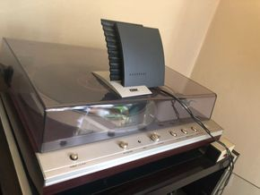 Lot 022 Denon dp 40f Record Player The items listed in the description is what is being sold PICK UP IN GARDEN CITY PICK UP IN GARDEN CITY