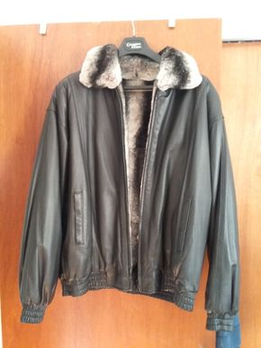 Lot 011 Reversible Chinchilla Mens Jacket  Size Large PICK UP IN BELLE HARBOR