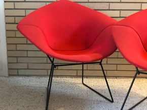 Lot 022 PU Lot of 1 Mid Century Modern Diamond Harry Beirtoia Chair 33w x 30h PICK UP IN RVC