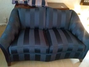 Lot 033 Ethan Allen Custom Blue Upholstered Love Seat 32Hx 37W x 54L PICK UP IN ROCKVILLE CENTRE
