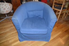 Lot 032 Chair Slip Cover 30H x 29W x 21D PICK UP IN MINEOLA, NEW YORK