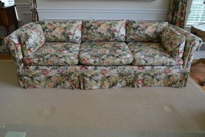 Lot 027 LA INVOICE 2745485 Pd and Called Peter for Delivery Baker Upholstered Couch PICK UP IN PECONIC/RIVERHEAD
